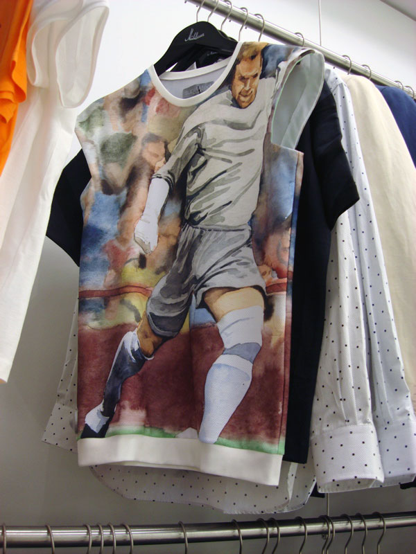superated Shirt mit Fußball Aquarell in Digitaldruck