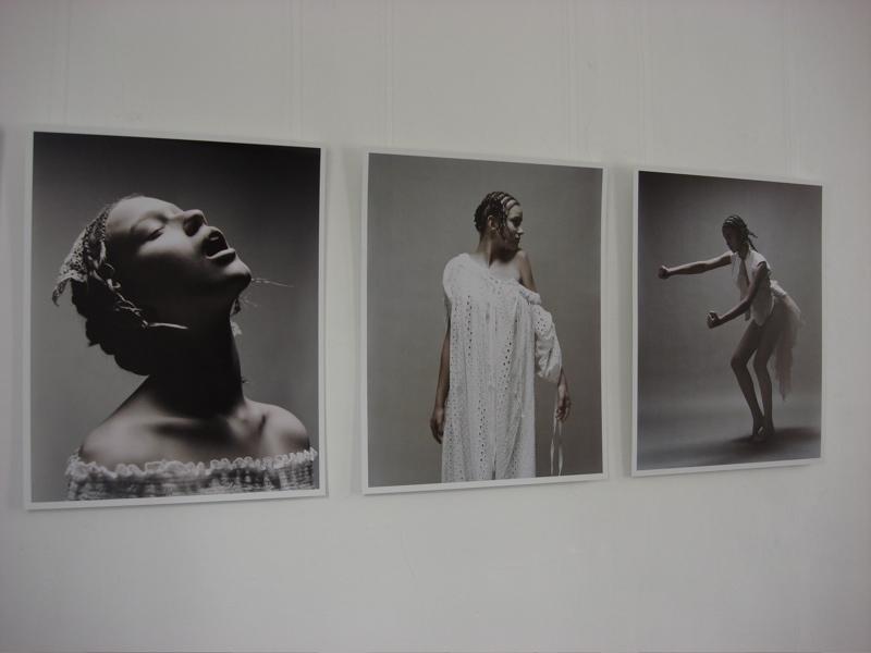 Ausstellung: Mode ist tot