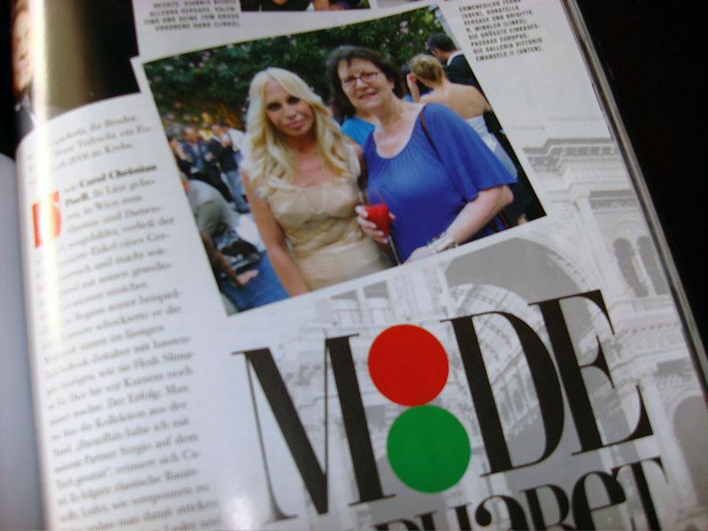 Donatella Versace mit Brigitte Winkler, flair Ausgabe Juli/August 2008