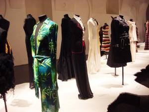 Pret a porter von Versace und Moschino